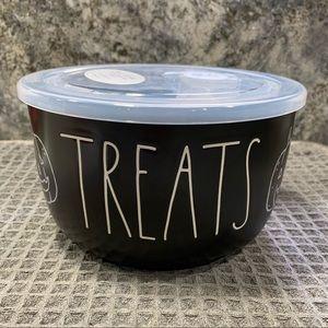 Rae Dunn TREATS Ceramic Bowl with Lid